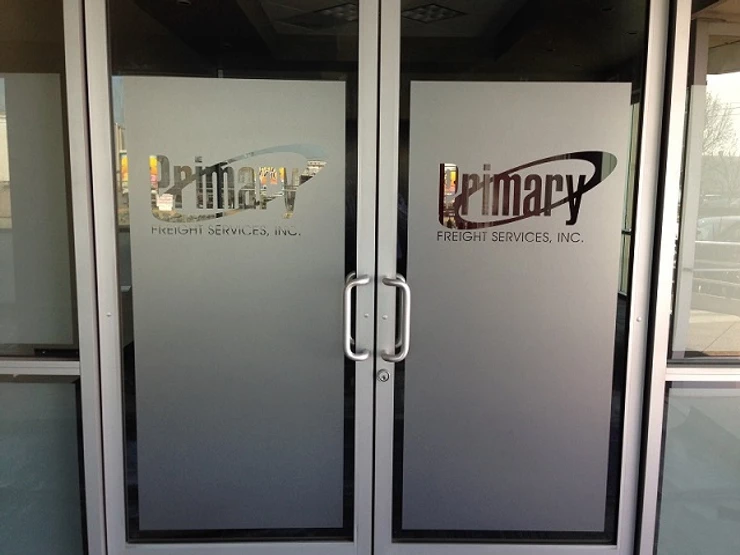 My Blog 96c029_560427427c654fd5a8ab99431484153amv2 The Advantages of Installing Frosted Glass in An Office Atmosphere in Florida